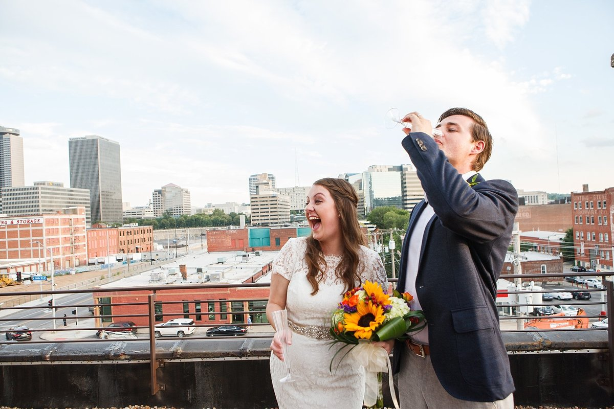 00082kansas_city_rooftop_wedding
