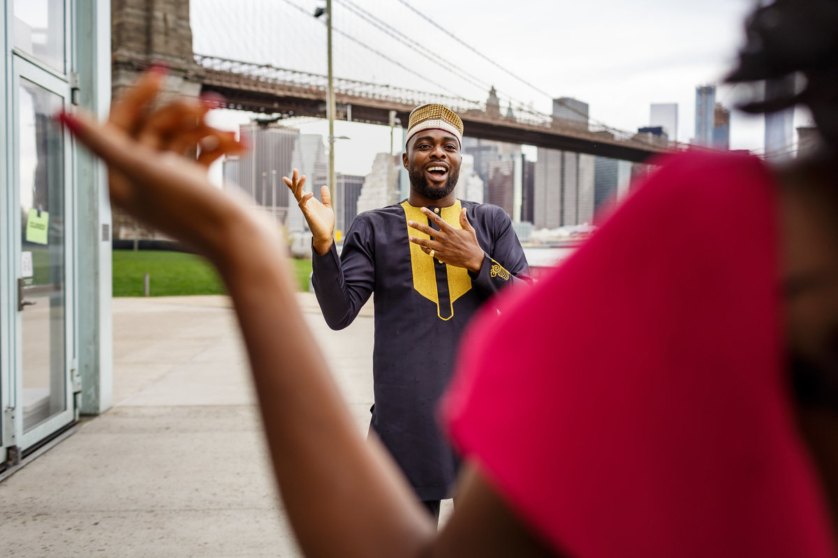 Brooklyn_Bridge_New_York_Engagement_Session_Amy_Anaiz_004