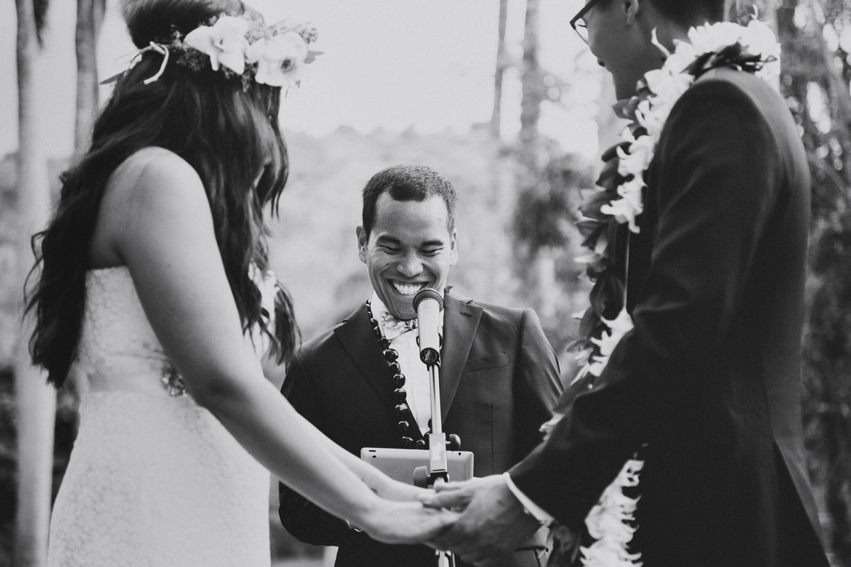 Dillingham-Ranch-Wedding-North-Shore-Oahu-Waialua-HI-Jenn-Paolo (27)