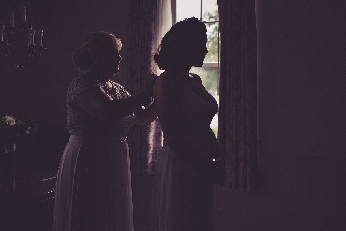 gibbet-hill-wedding-bride-getting-ready