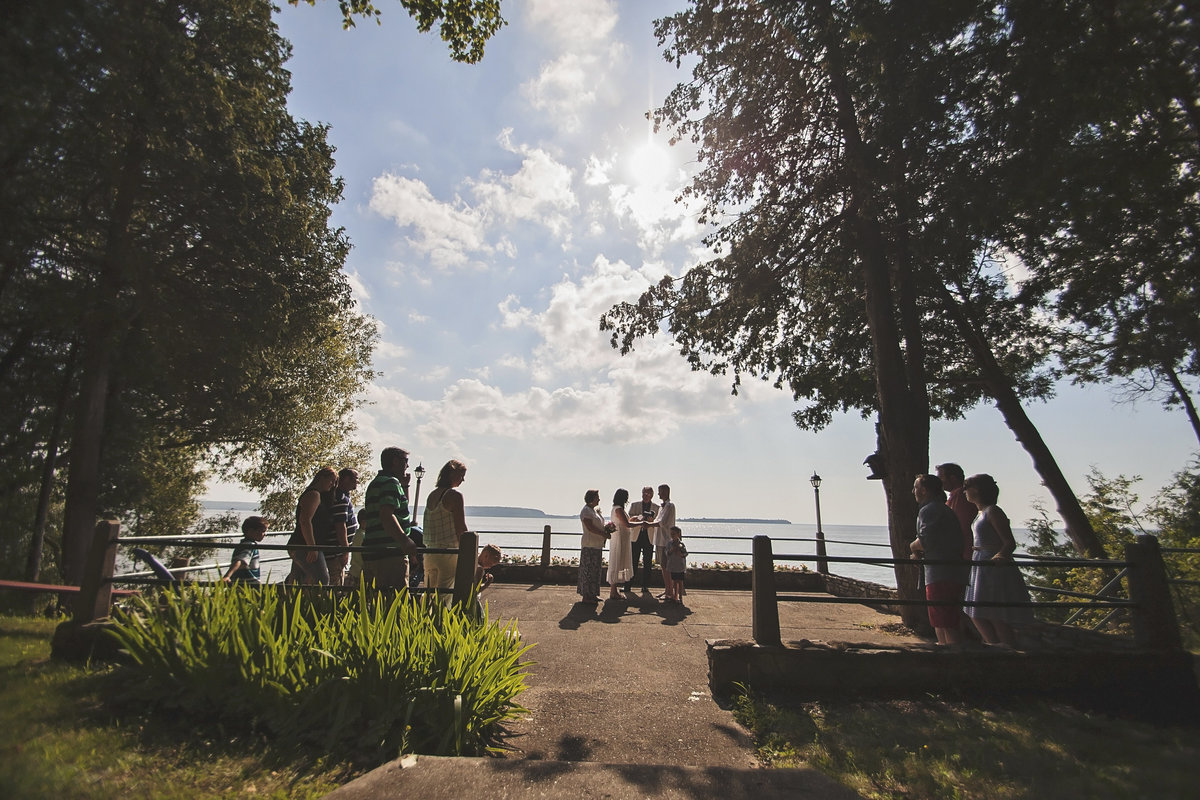 Pretty outdoor waterfront wedding in Sturgeon Bay by Casi Lea Photography-green bay wedding photographer-door county wedding photographer-milwaukee wedding photographer-appleton wedding photographer-wisconsin weddings
