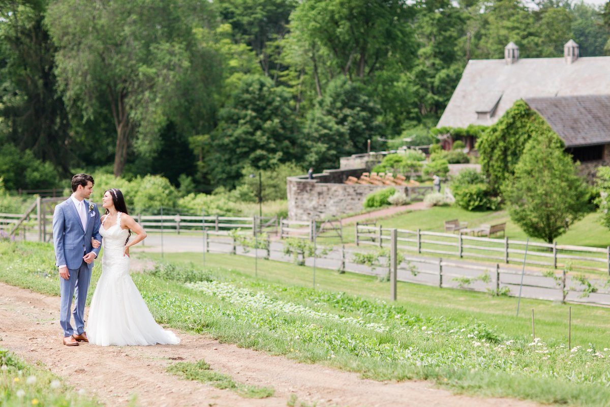 Blue-Hill-Stone-Barns-Wedding-Photo_0001