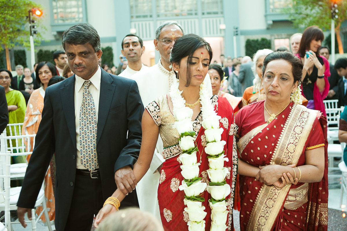 Harold-Washington-Library-South-Asian-Wedding-097