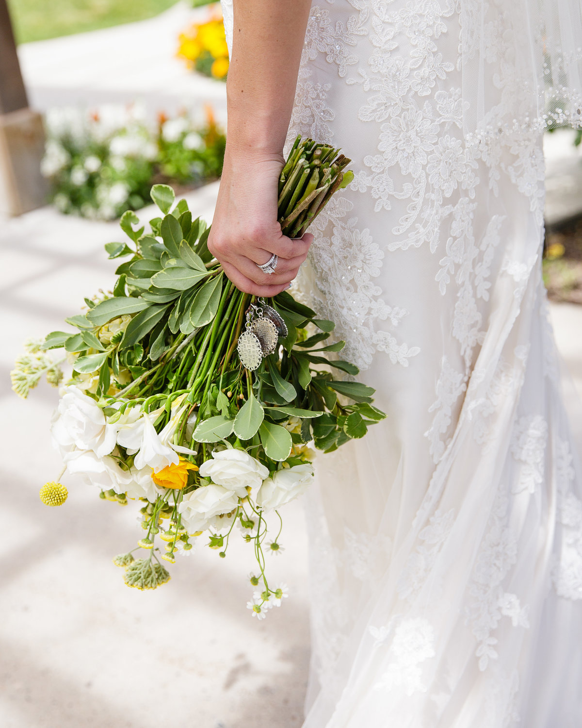 Colorado-garden-wedding-bouquet