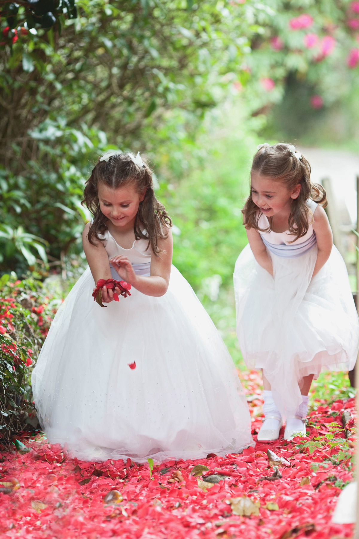huntsham-court-wedding-photographer-devon flower girls