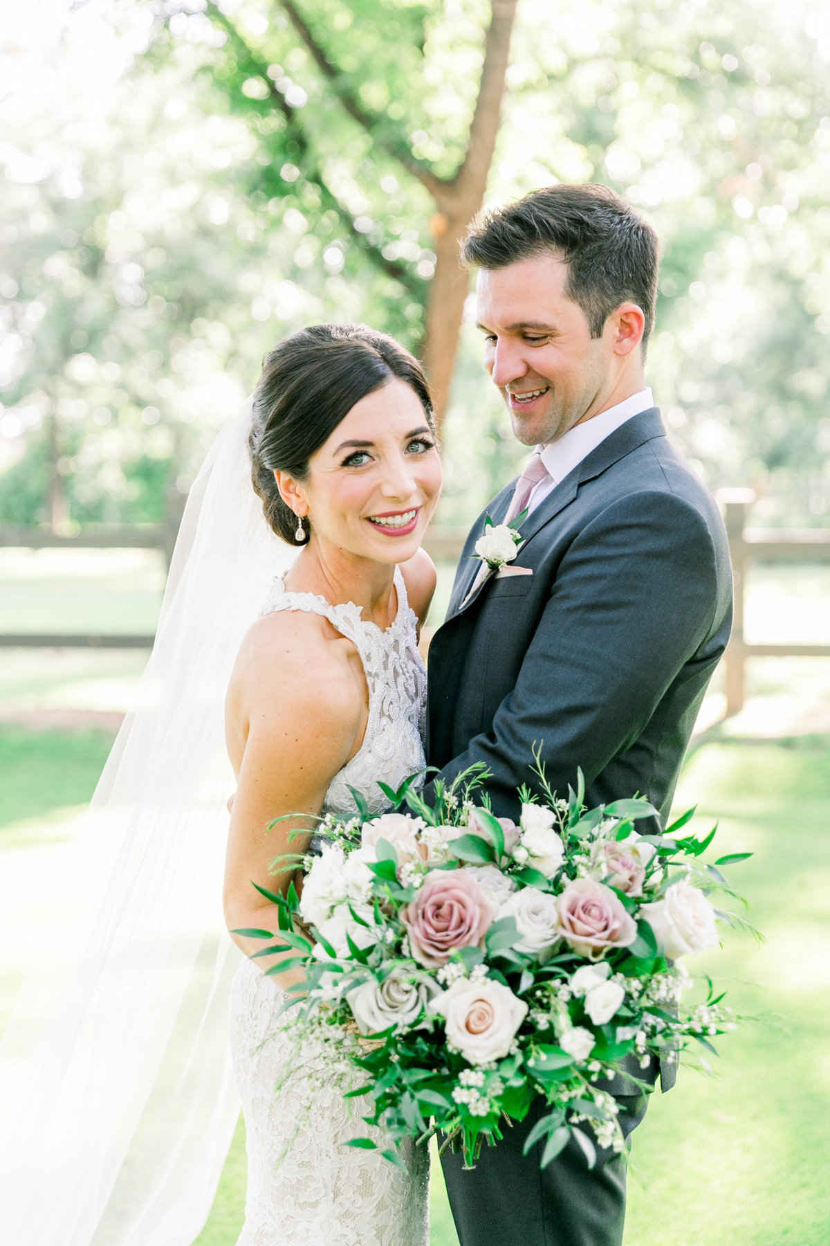 Karlie Colleen Photography - Arizona Wedding - Venue At The Grove - Maggie & Grant-446