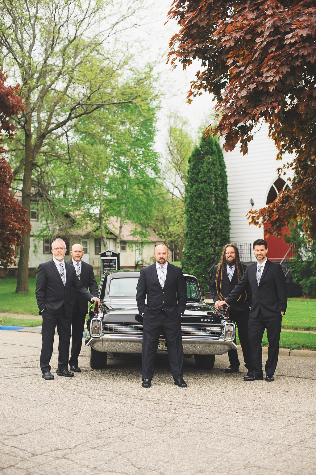 White_Wedding_Groomsmen-0200