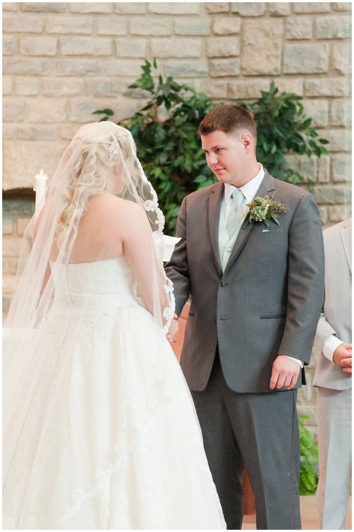 Heritage golf and country club wedding hilliard ohio wedding photos_0030
