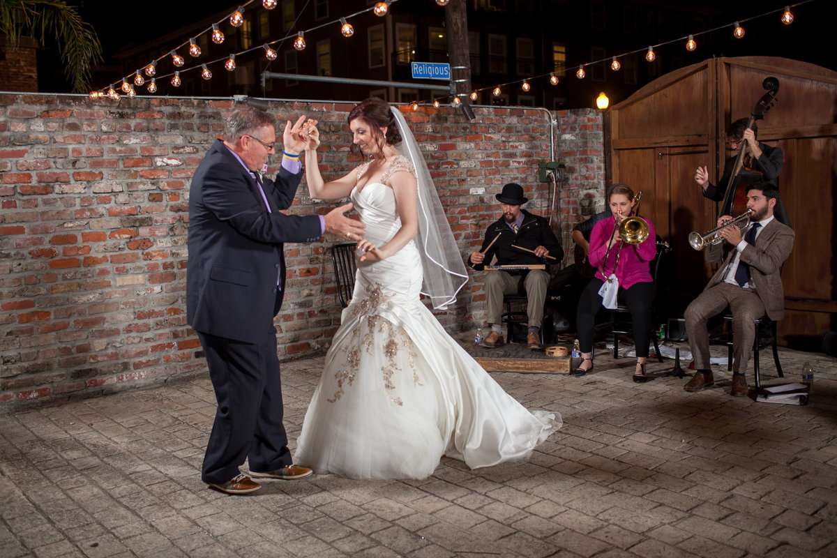 1422-Cuseo-Wedding-New-Orleans-Carmen-Ash