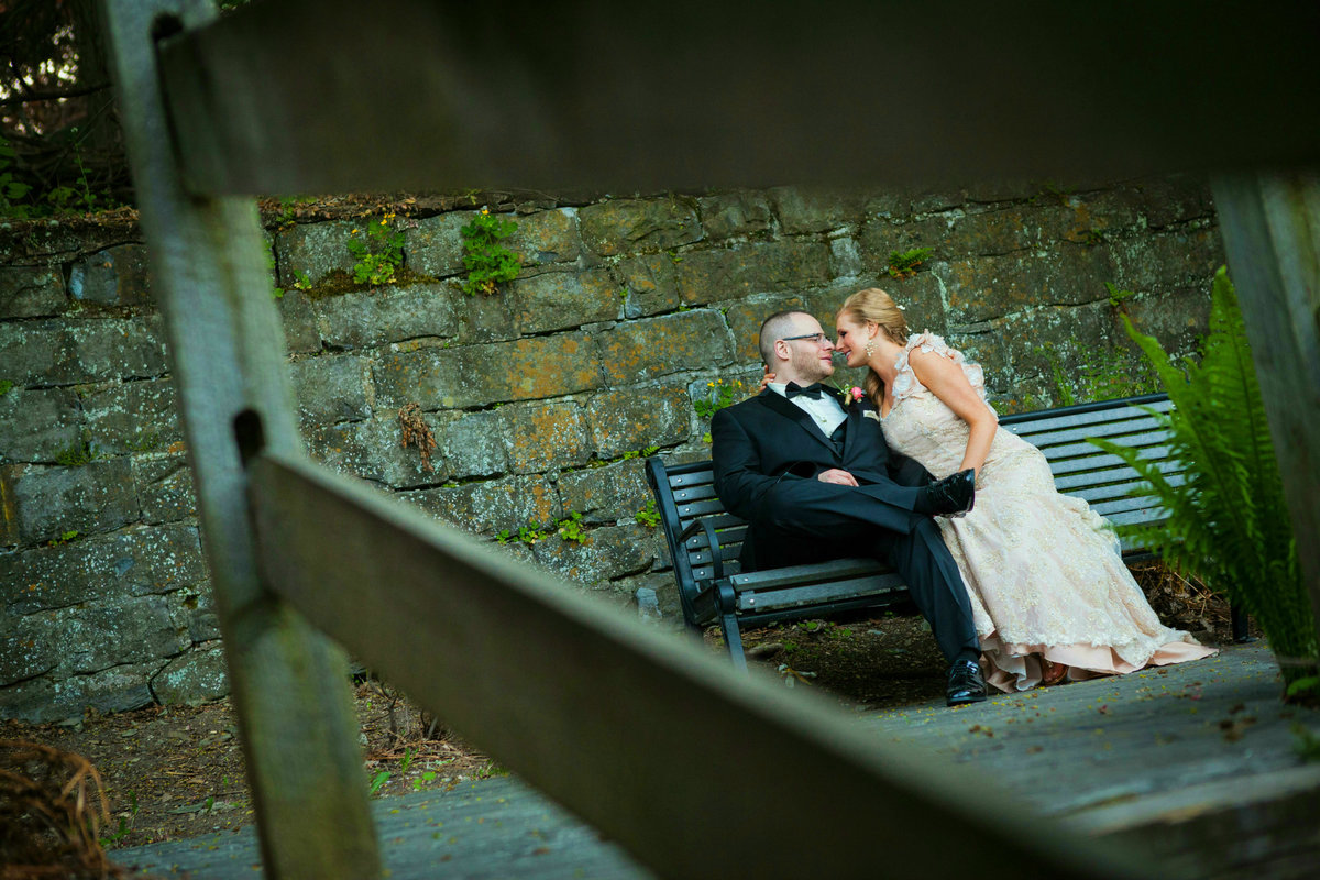 the-inn-at-millrace-pond-wedding-photos-32