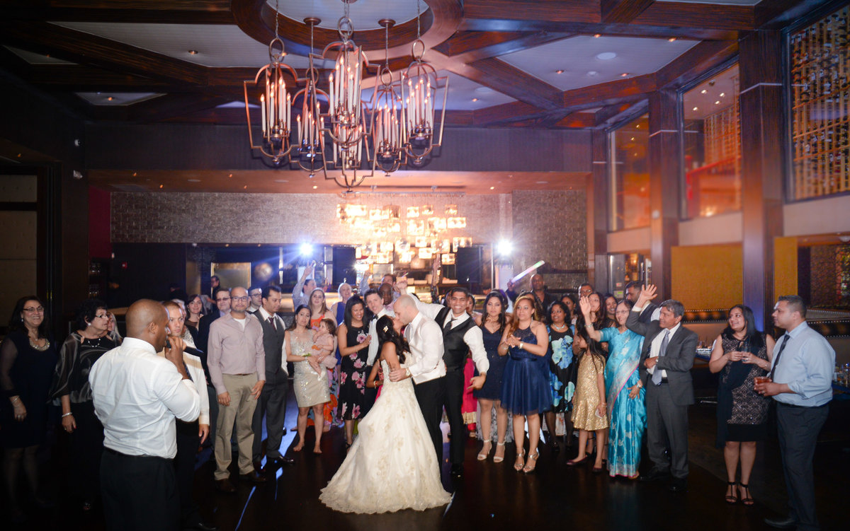 Reception - Insignia Steak House, New York - Imagine Studios Photography - Wedding Photographer