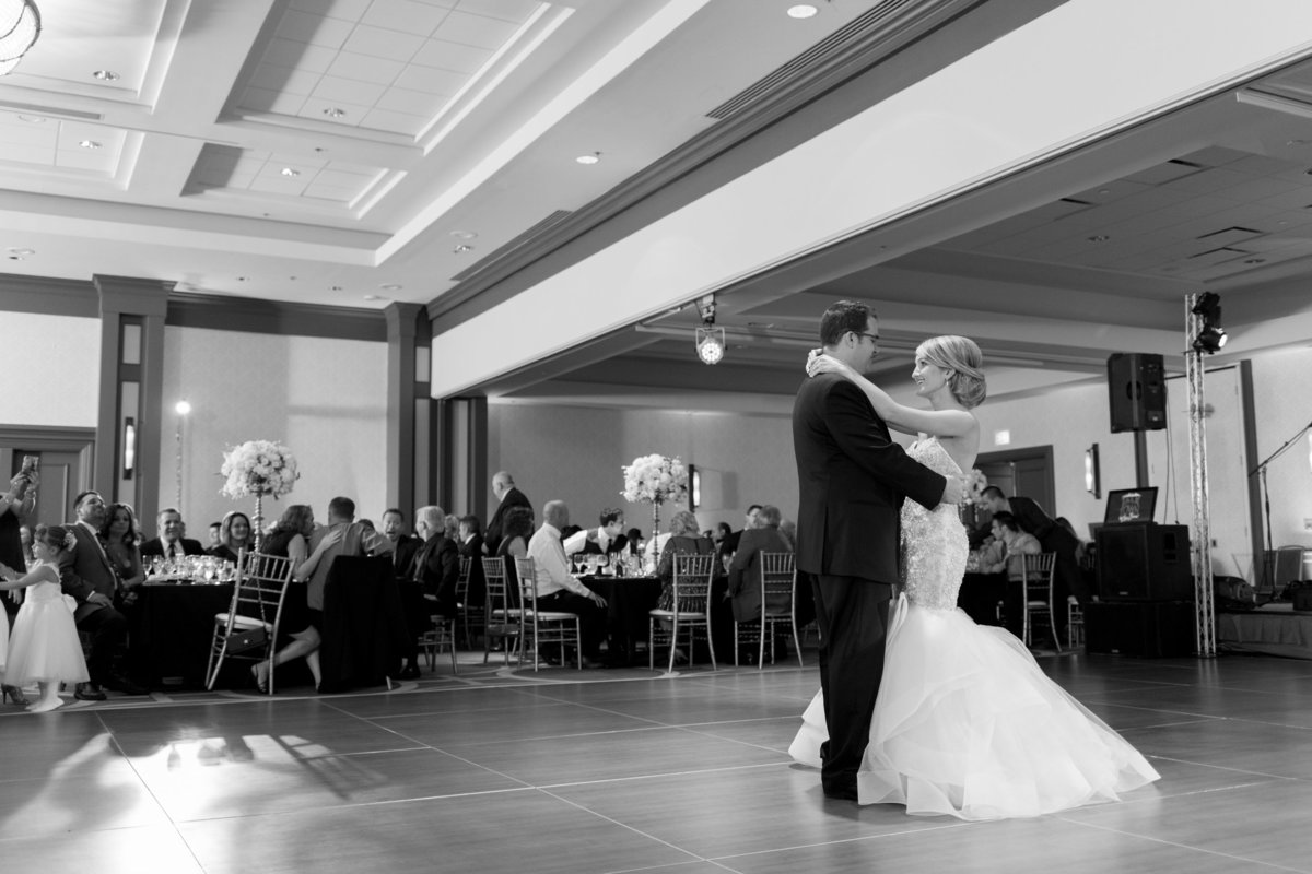 Oak-Brook-Hills-Resort-Wedding-115