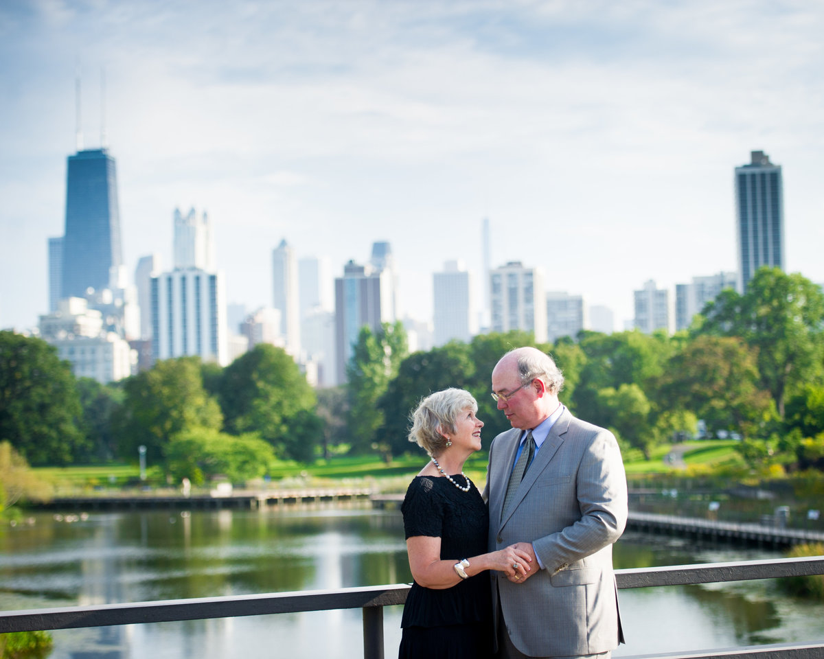 50th wedding anniversary in Chicago, Lincoln Park Zoo.