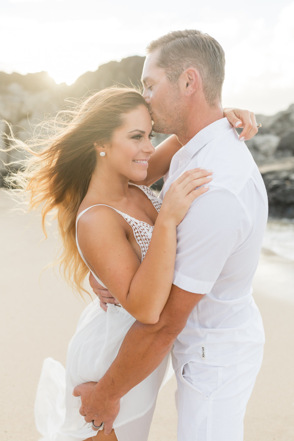 engagement portraits in Maui