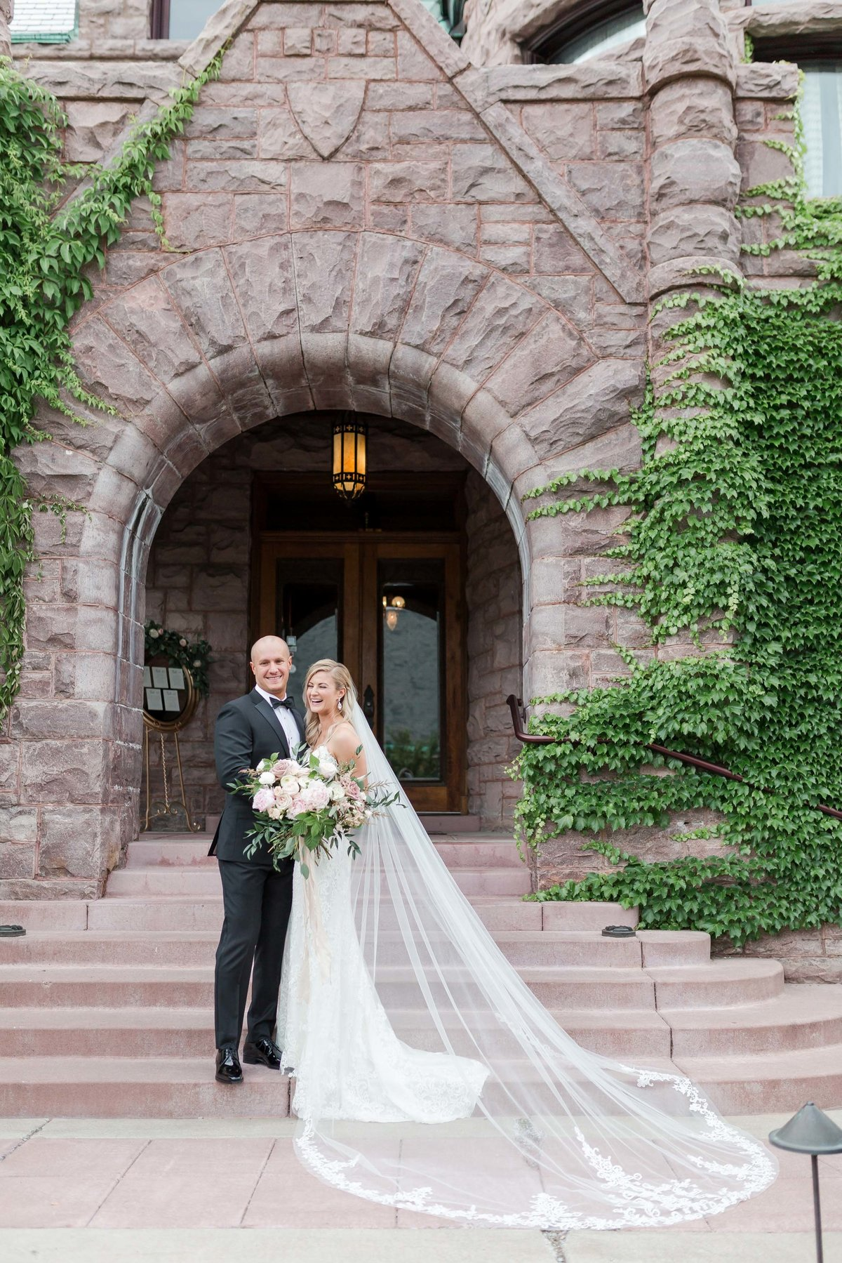 Maison Meredith Photography Wisconsin Wedding Photographer Real Wedding Two 038