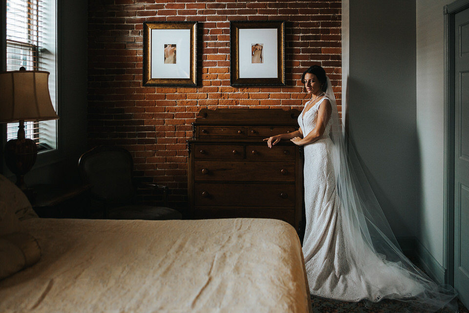 Iowa photographer Chelsea Dawn Weddings (25)