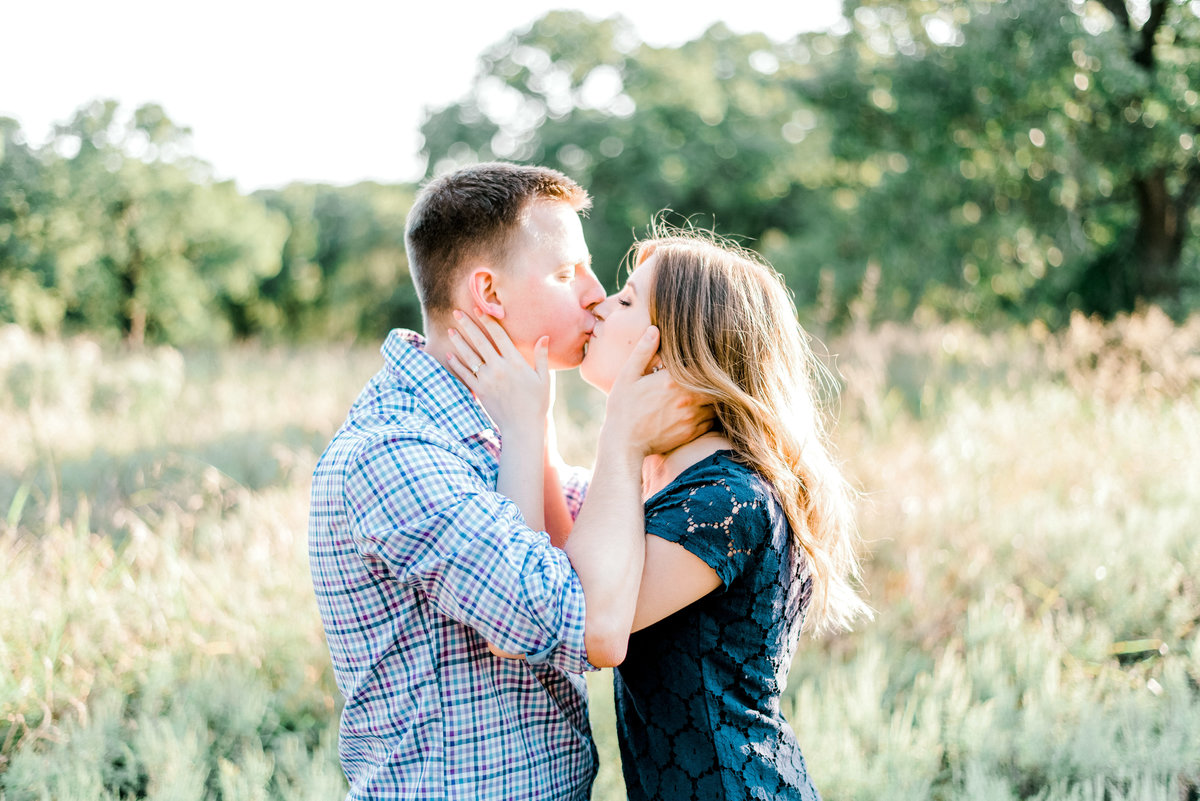 dallas-fort-worth-engagement-photographer-gray-door-photography-steph-erffmeyer2-2