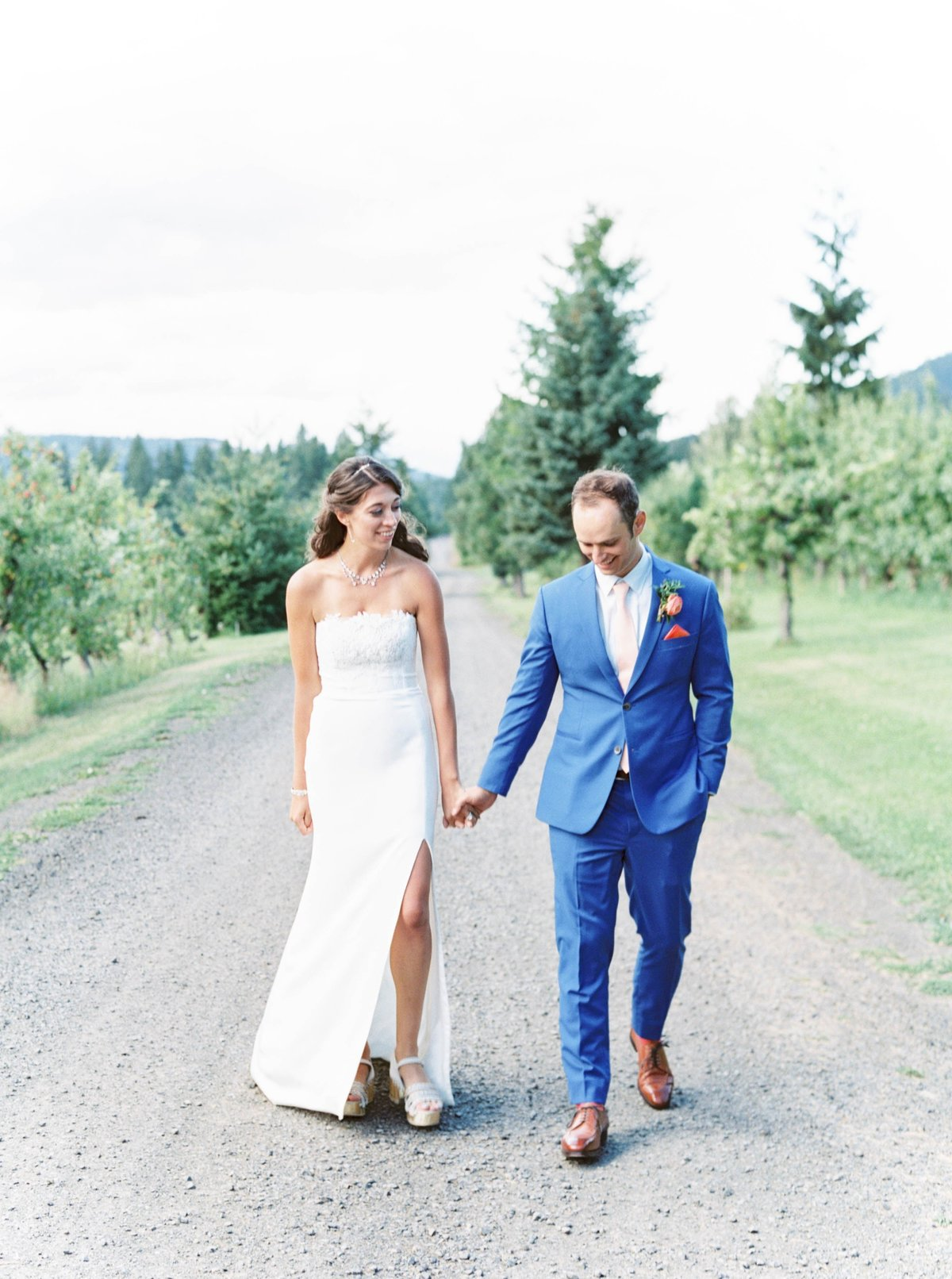 oregonwedding_mthoodorganicfarms_mthoodwedding359
