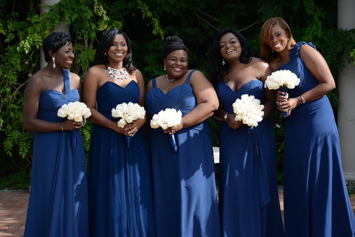 Beautiful New York bridesmaid in their gorgeous royal blue bridesmaid dresses.