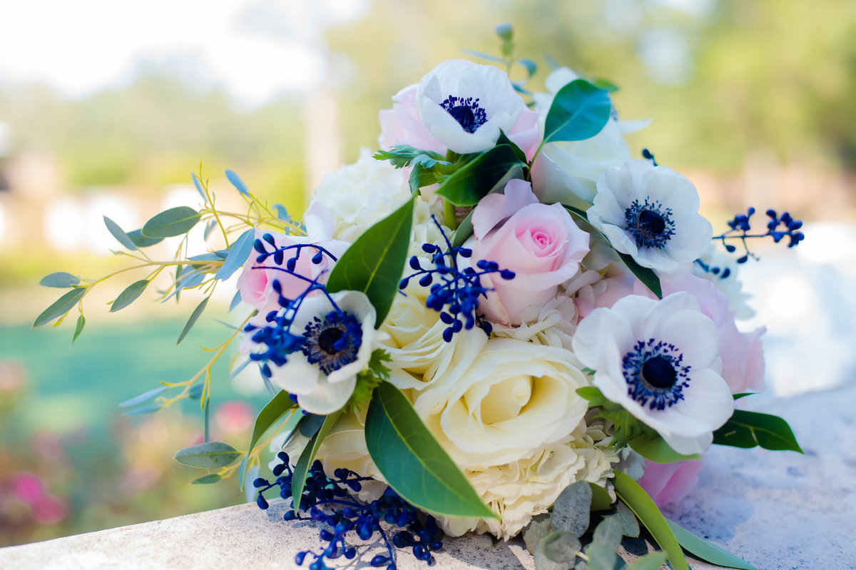 soft color wedding bouquet