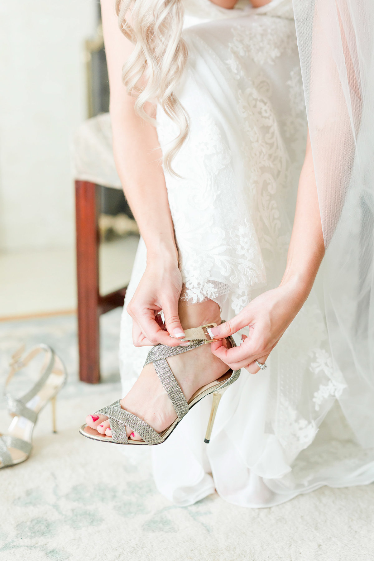 Maison Meredith Photography Wisconsin Wedding Photographer Real Wedding Two 017
