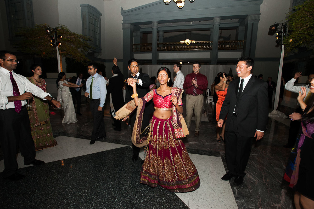Harold-Washington-Library-South-Asian-Wedding-153