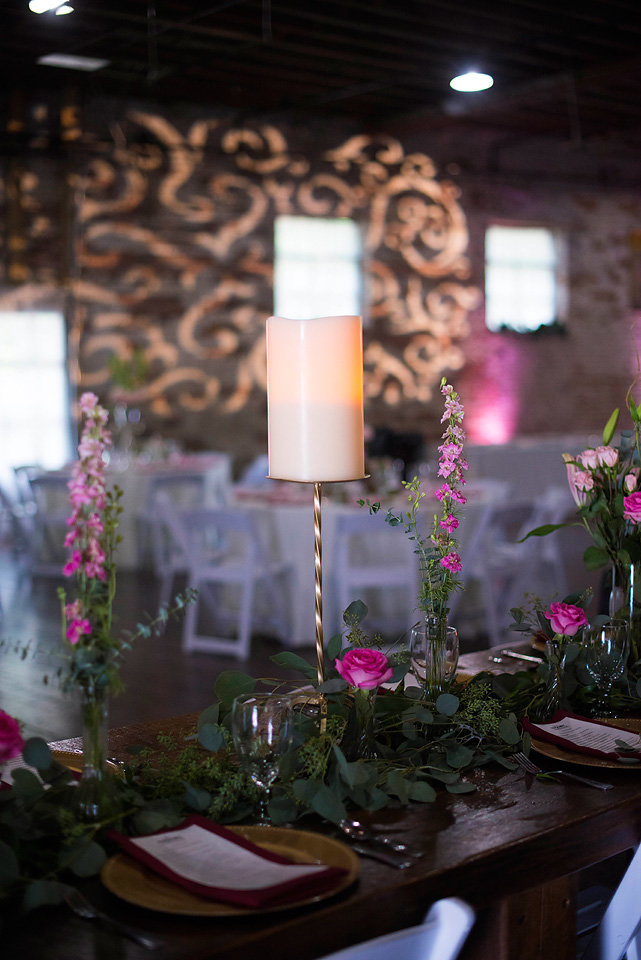 hackney_house_murphy_nc_lighting_reception_zolu