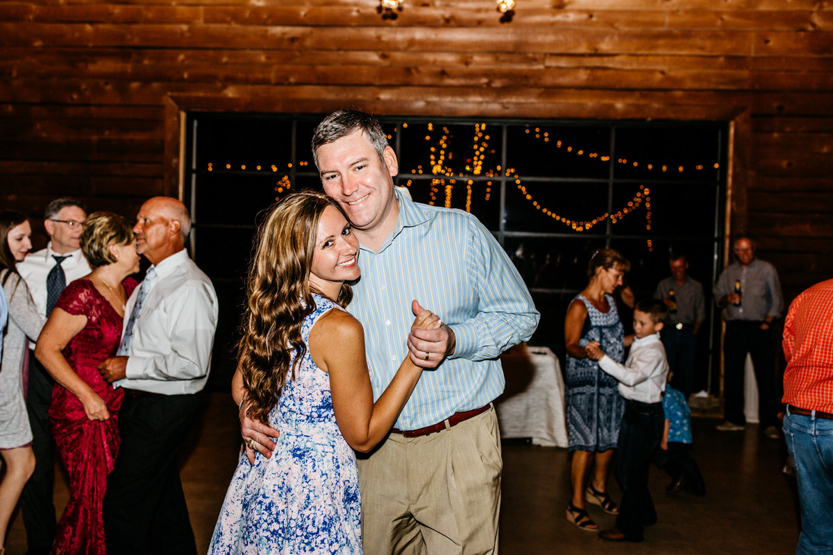 Alexa-Vossler-Photo_Dallas-Wedding-Photographer_North-Texas-Wedding-Photographer_Stephanie-Chase-Wedding-at-Morgan-Creek-Barn-Aubrey-Texas_189