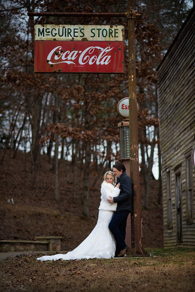 mcguires_millrace_farms_mountain_wedding_rustic_classic_zolu_photography