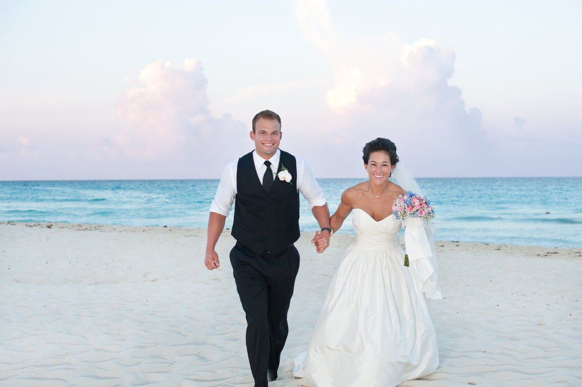 Jessica-Frey-Photography-Cancun-Beach-Wedding-002