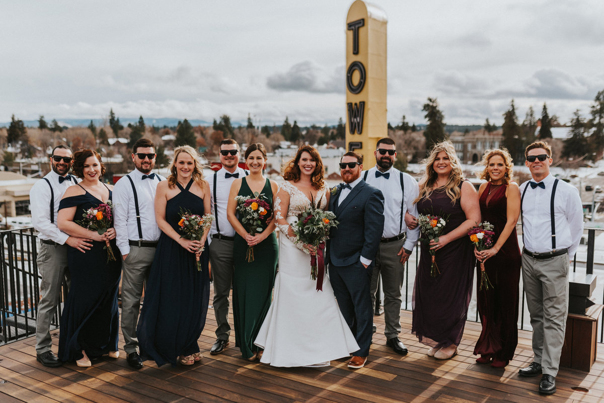 meredith_sands_wedding_photographer_bend_oregon_tower_theater_mcmenamins_-4