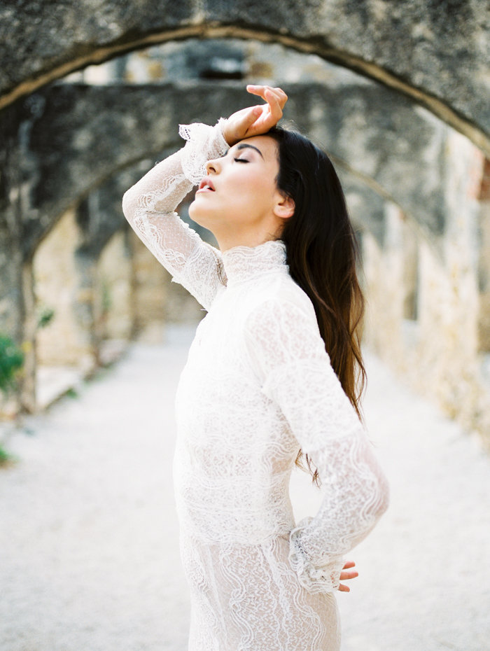 Mission San Antonio Drunken Itailan Wedding Editorial_The Ponces Photography_011