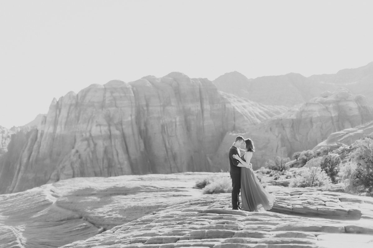 SnowCanyonAnniversarySession_LisaZach_CatherineRhodesPhotography-131-Edit (1)