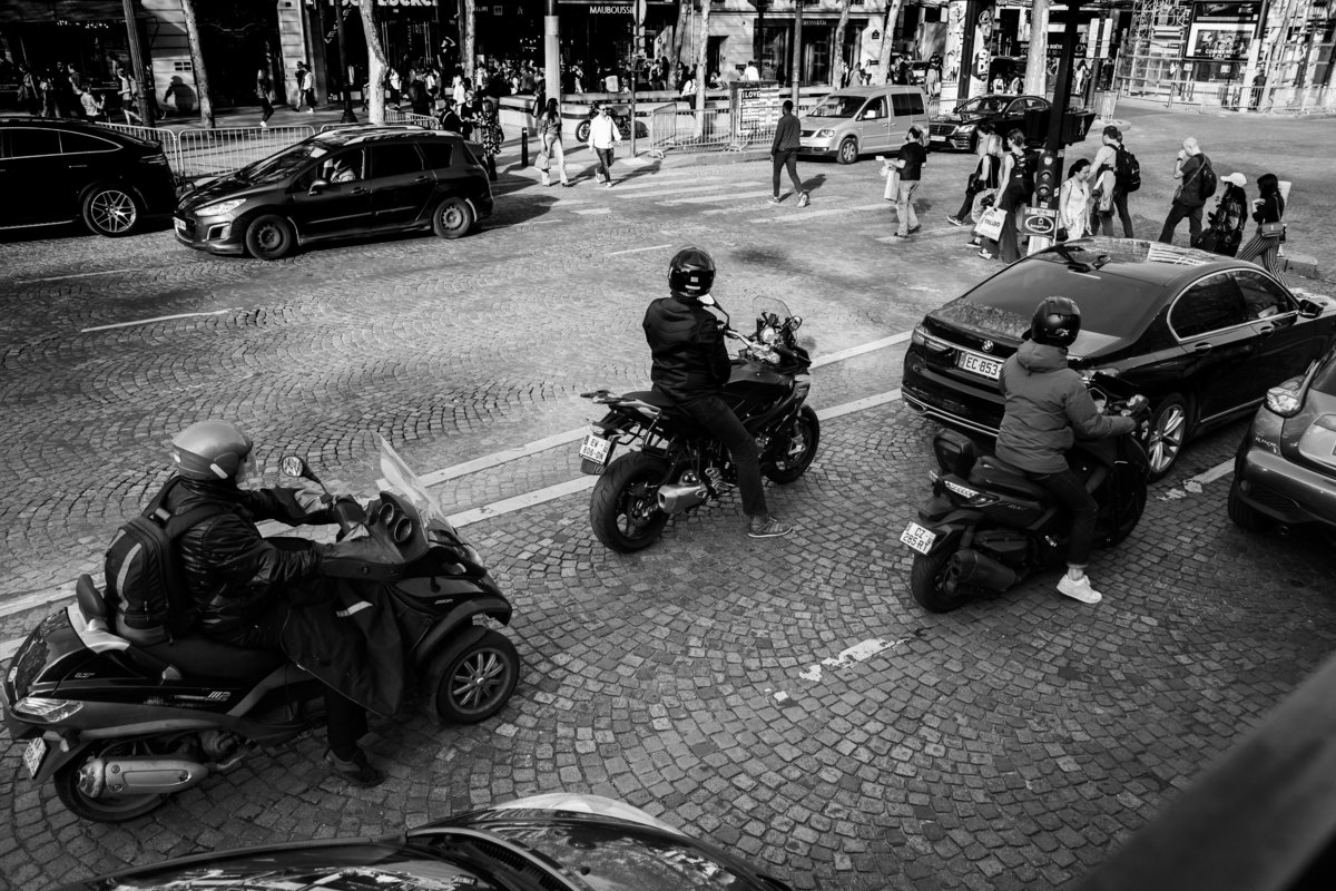 Streets of Paris BW 133