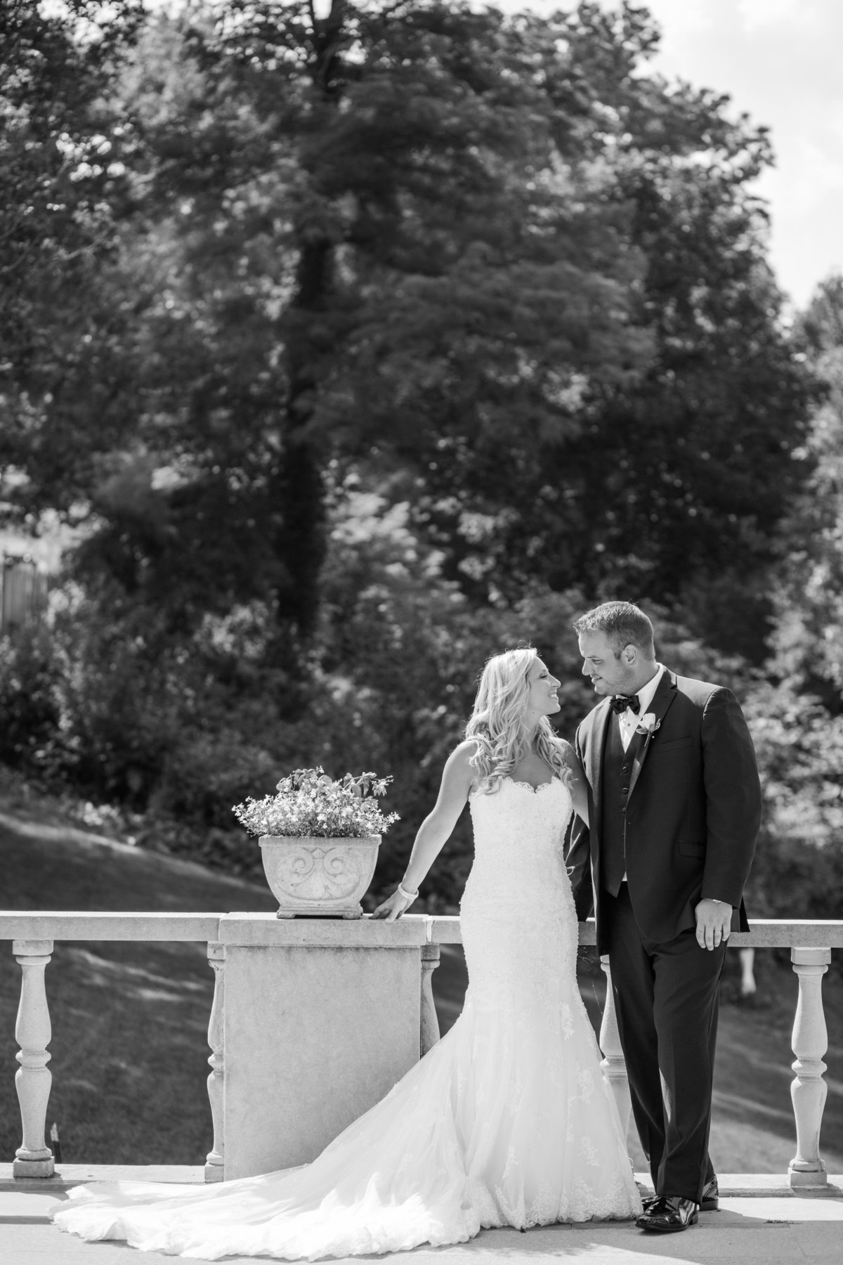 Unique-Pitssburgh-Wedding-Photographers-176