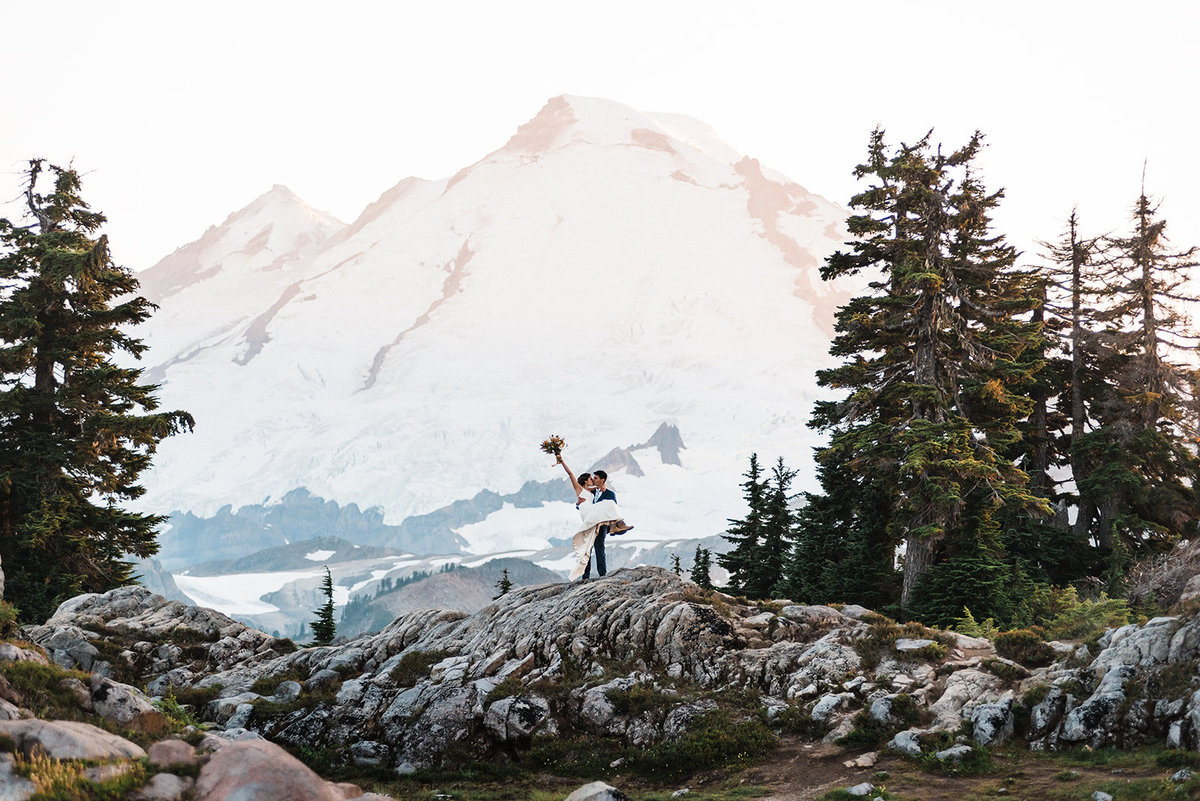 Artists Point Mount Baker PNW Adventure Elopement Wedding Planner