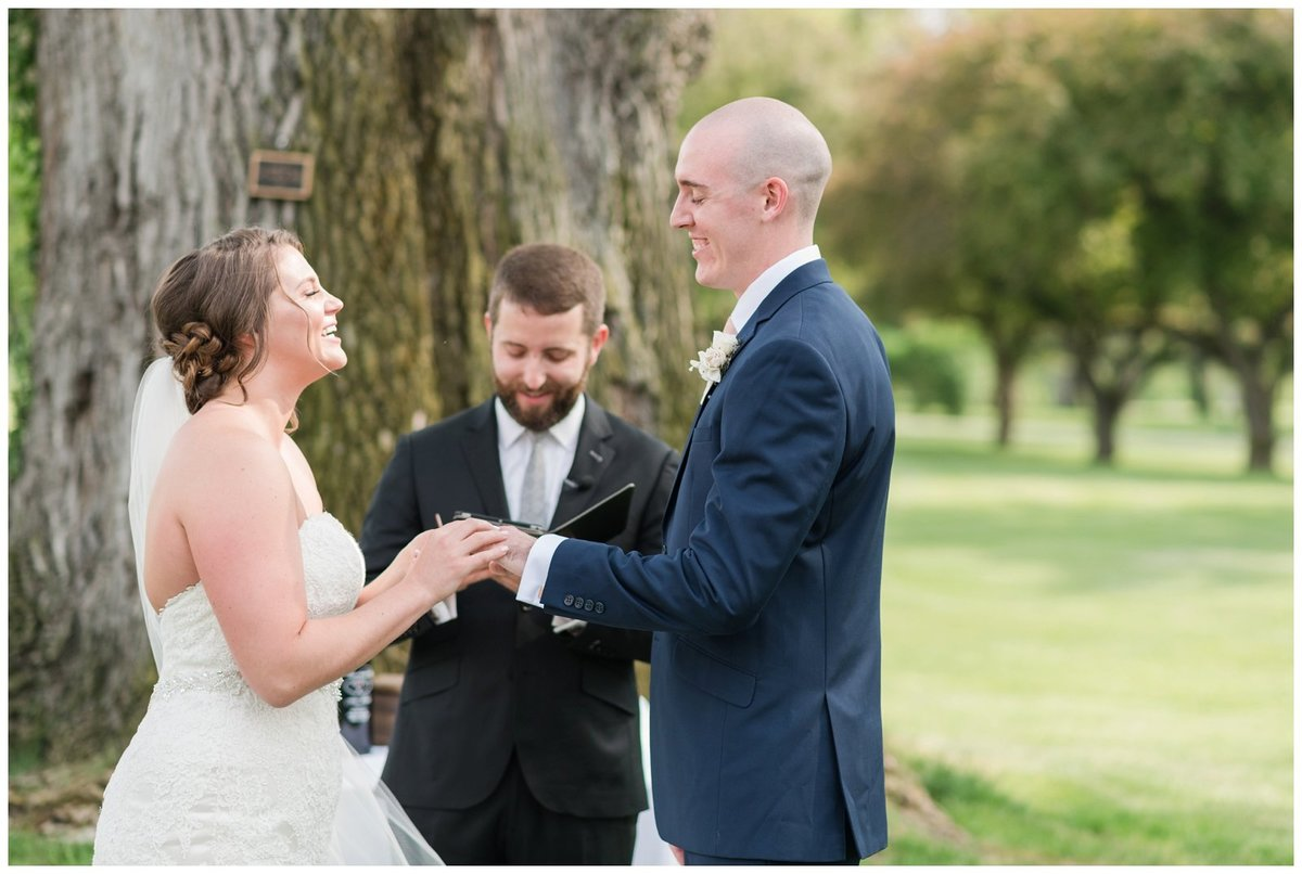 columbus ohio wedding photos brookside golf and country club outdoor wedding_0086