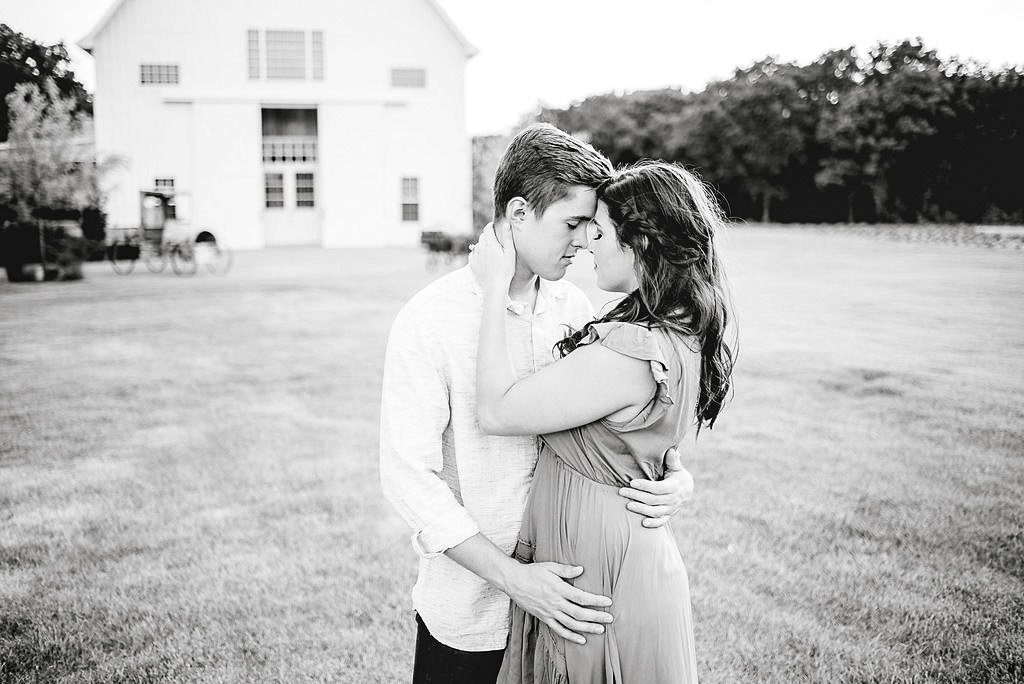 dallas-fort-worth-engagement-photographer-steph-erffmeyer-gray-door-photography13-2