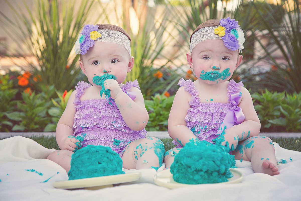 First Birthday Cake Smash Session by Plume Designs & Photography of Scottsdale, Arizona