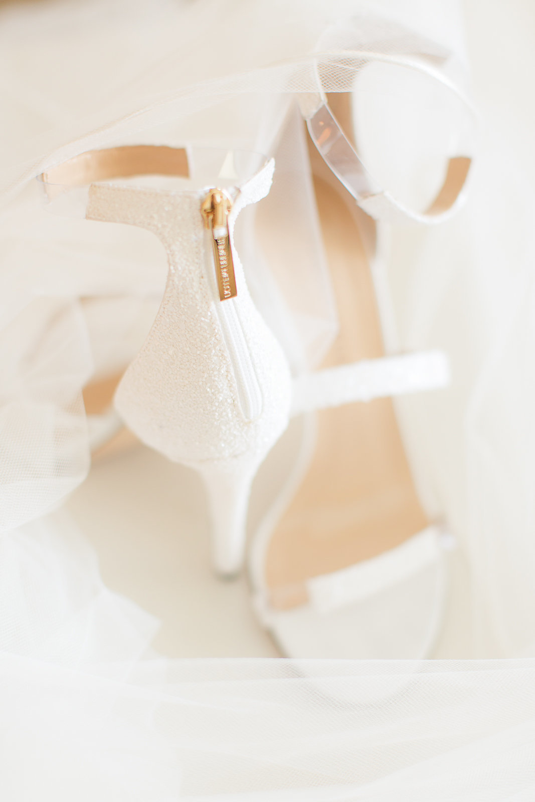 Bride and Groom Wedding Photo Ideas Theresa Bridget Photography Photo-2