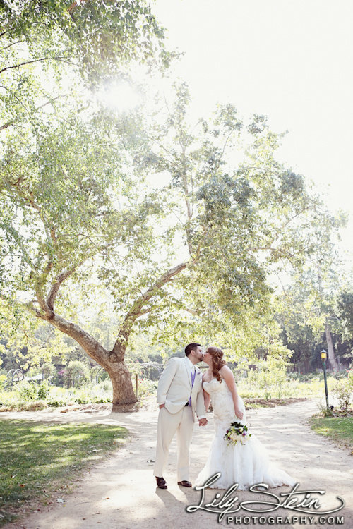 descanso-gardens-wedding-photography-lily-stein-kevin-covey-events-la-canada-flintridge-lush-romantic-024