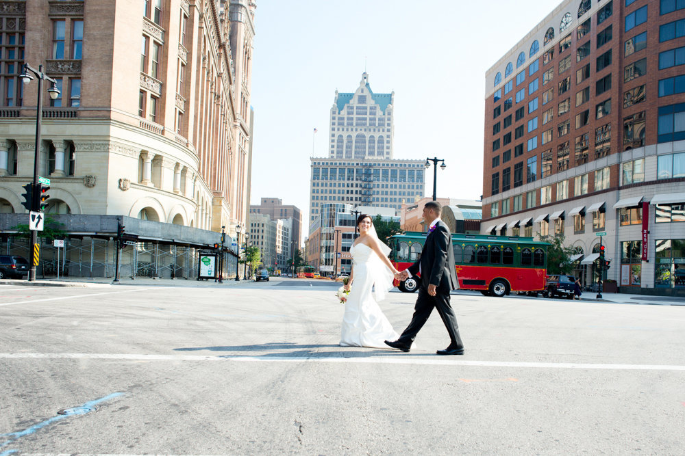Milwaukee-Wedding-Photographer-Modern-Creative-3