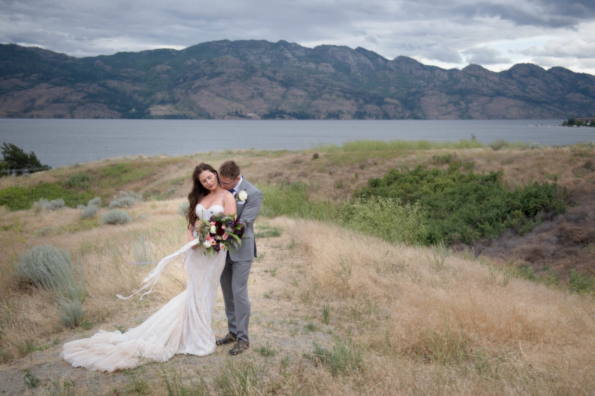 Kelowna Wedding Photography Suzanne Le Stage-5
