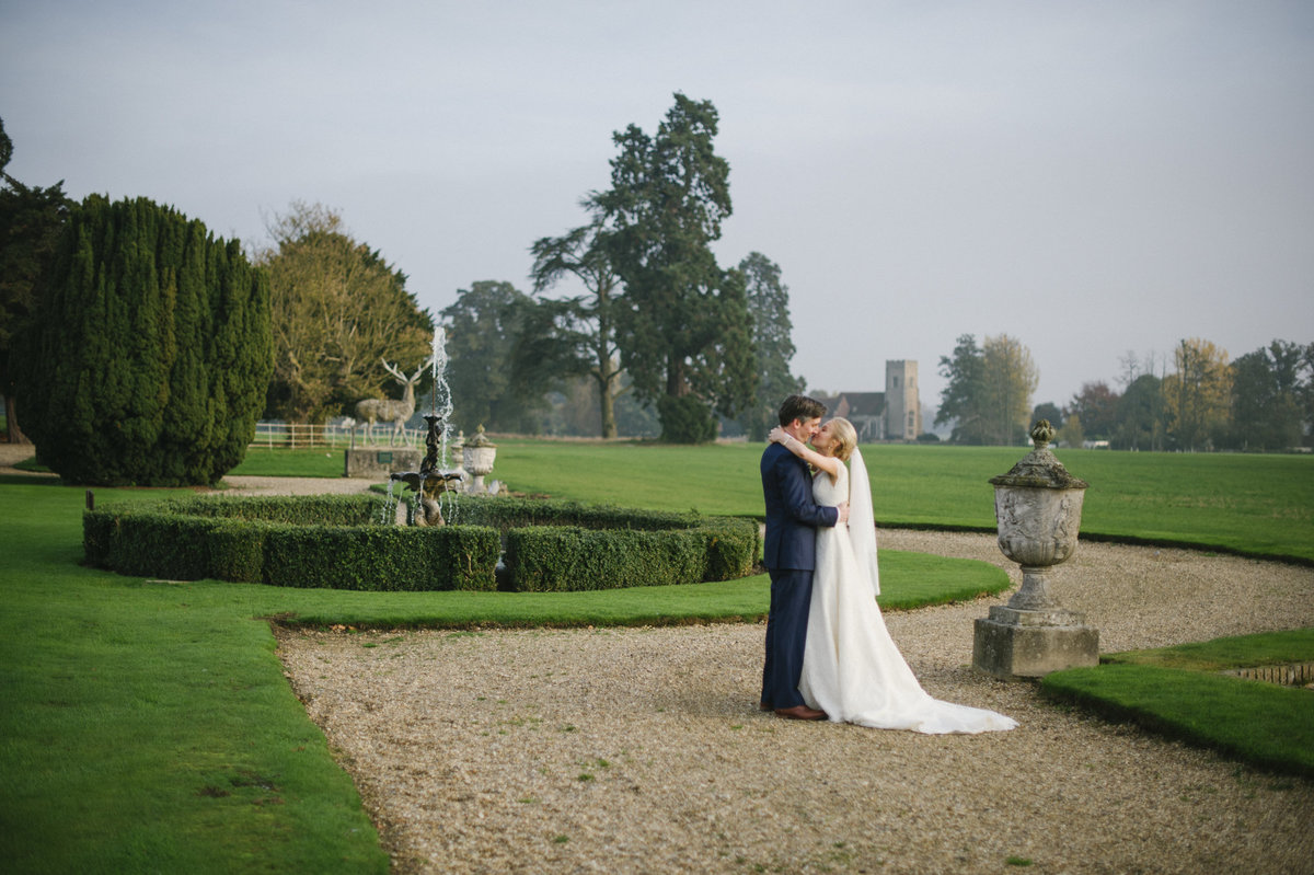 bride and groom at gosfield house