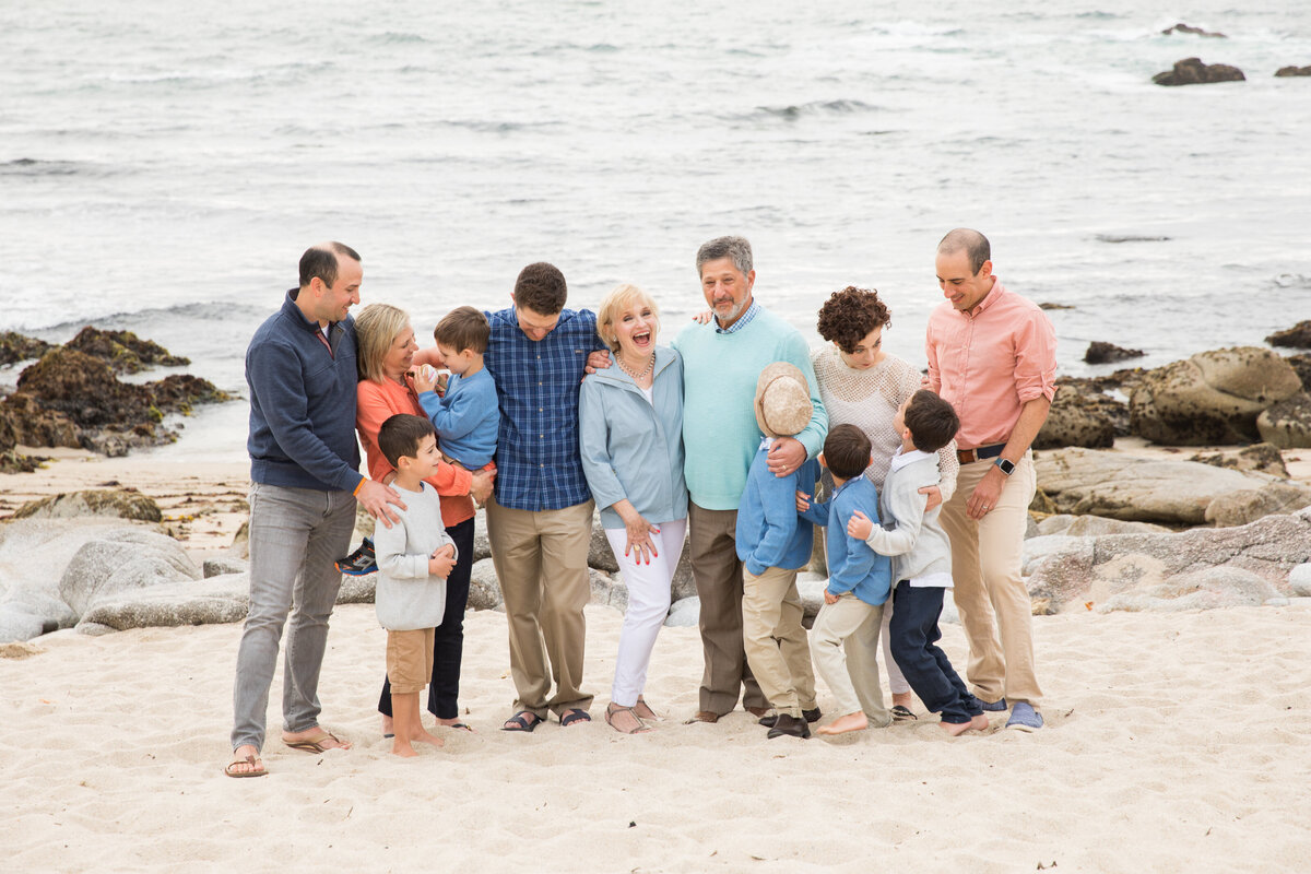 Best family reunion photographer in Monterey
