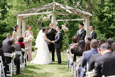 redfield_estates_grove_outdoor_wedding_life_in_bloom_chicago_wedding_florist