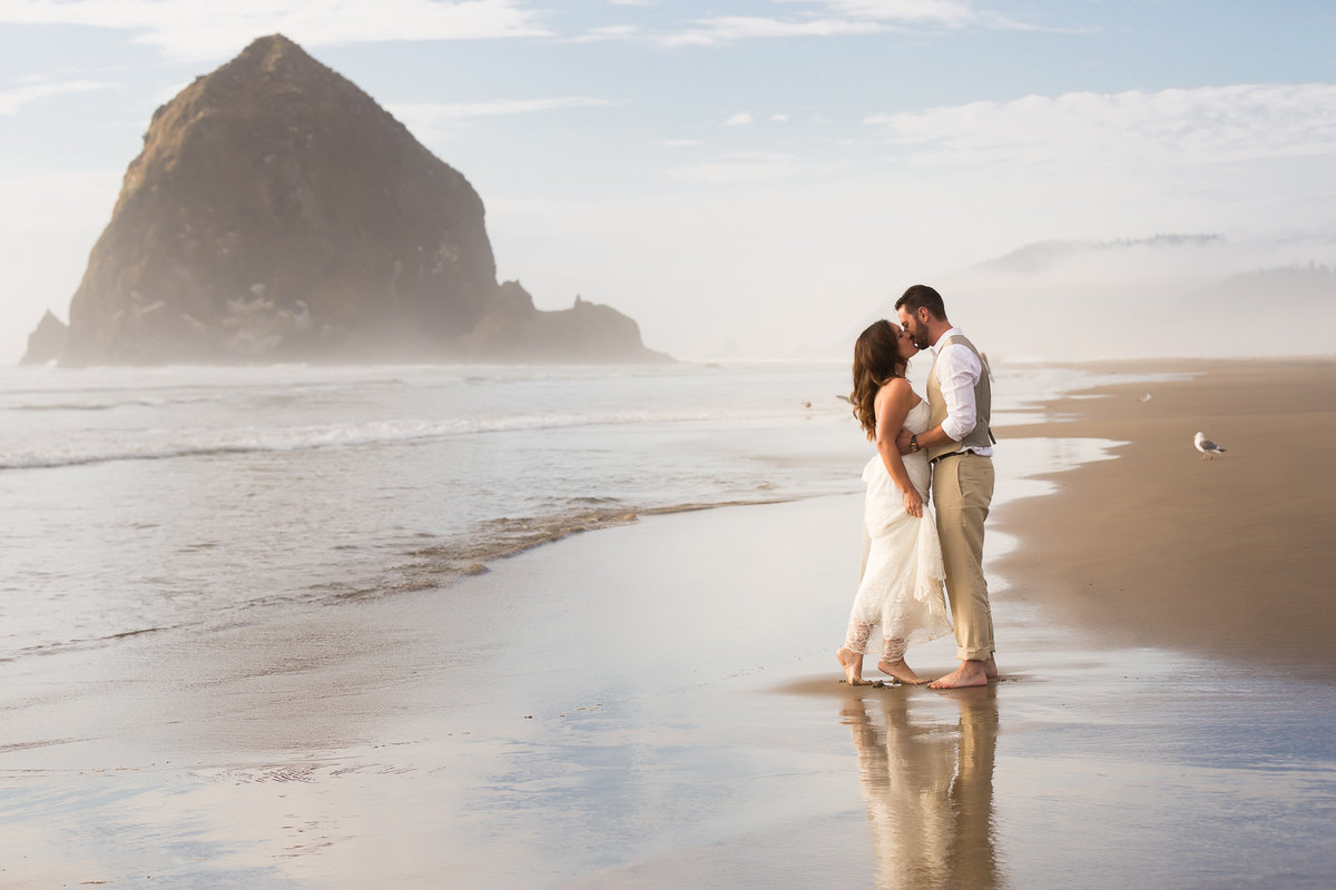 cannon-beach-wedding-photographer-21