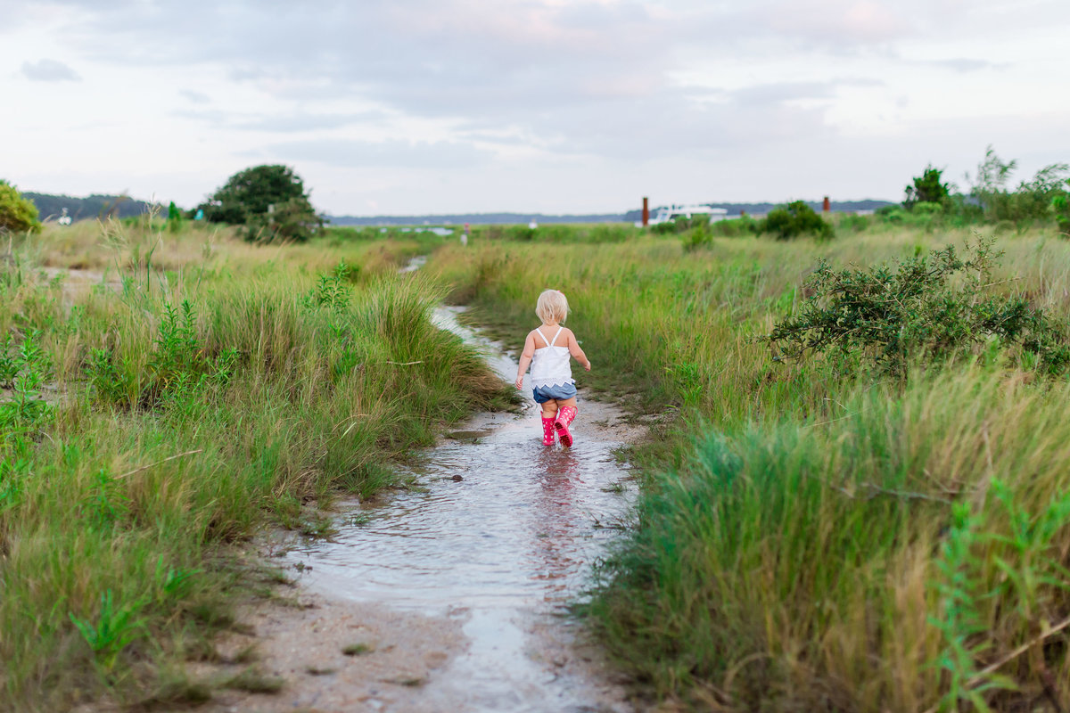 ellie's puddle jump lifestyle session by brooke tucker photography
