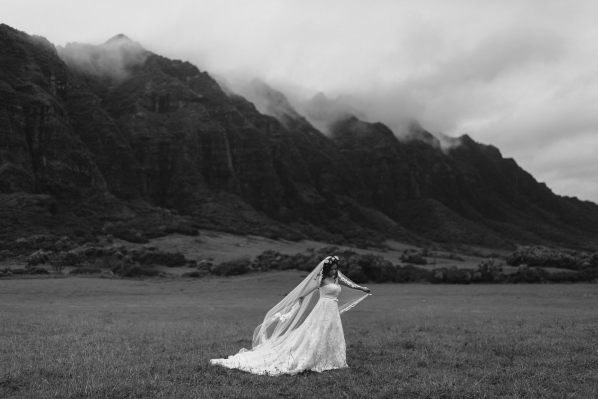 KUALOA-RANCH-WEDDING-PHOTOGRAPHER-MEGAN-SAUL (2 of 8)