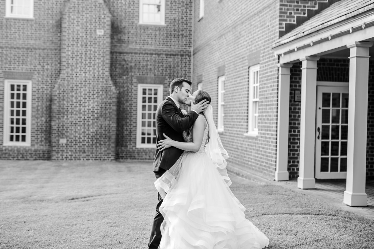 meghan lupyan hampton roads wedding photographer159